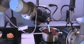 The Future is here! Robot Chef, Stirs, Pours, and Changes Cooking Temperature